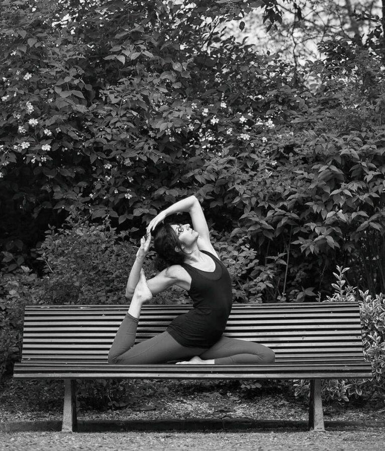 Read more about the article #E10 – Sephora : Faire du yoga « pour revenir à soi, s'écouter et voir ce dont on a vraiment besoin »